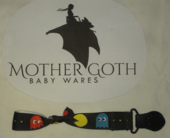 Mother Goth Nifty Noose Clip pacman
